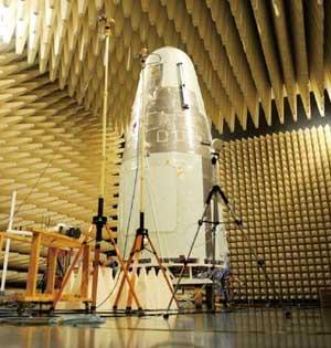 首颗微重力实验卫星实践十号发射