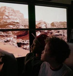 美国校车车窗装置VR体验火星之旅
