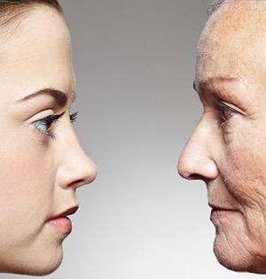 为什么有些人显年轻?人家基因好