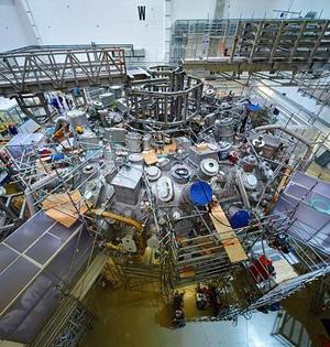 德改造世界最大的仿星器聚变装置