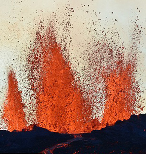 冰岛火山喷发机制:喷涌近半年