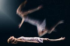 揭开濒死体验的真相:大脑耍的一个花招而已