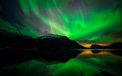 摄影教程:如何拍摄出绚烂的极光盛景?