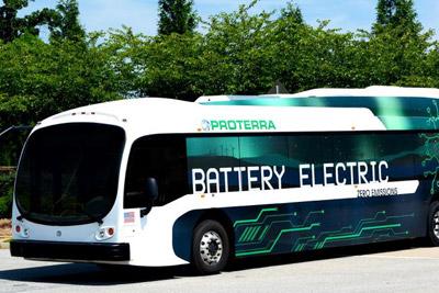 美国硅谷公司推电动巴士 续航能力秒特斯拉