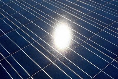 马斯克公布太阳能屋顶计划 要为特斯拉充电