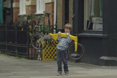 嫌你的自行车太重? 试试这款自行车