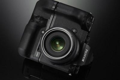 富士加盟中画幅 你的中画幅相机还远吗