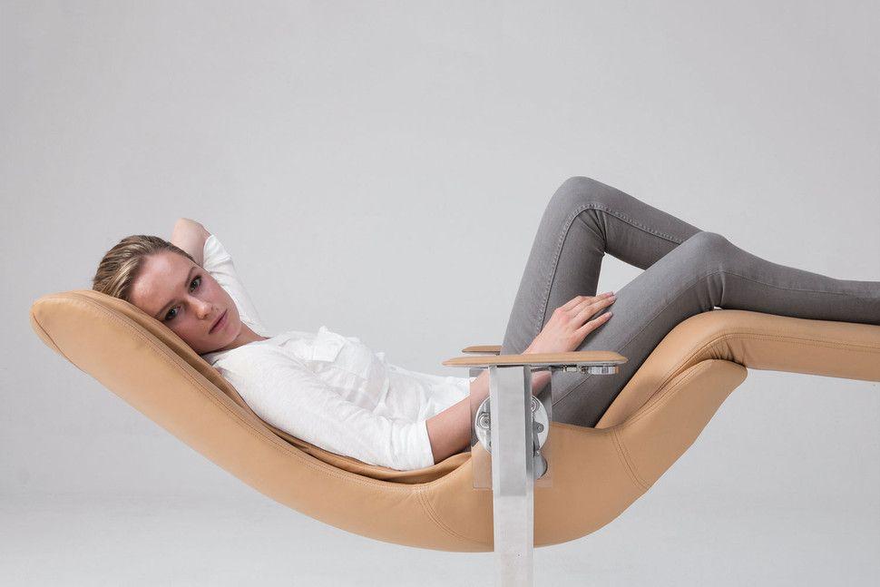 葛优躺舒服?你没坐过这把27万元的椅子