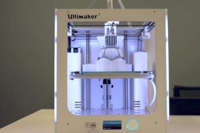 双材料3D打印机Ultimaker 3问世