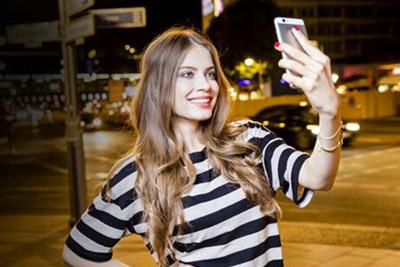 外观与性能并存 市售时尚女性手机选购指南