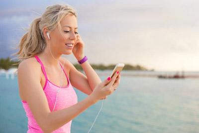 音效技术是关键 热门音乐智能手机搜罗