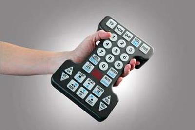 各家电视遥控器齐亮相:美观实用能否兼得?