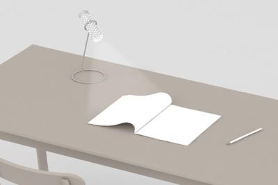 """这个""""大件""""不一般 纸片竟然做成了手电筒"""