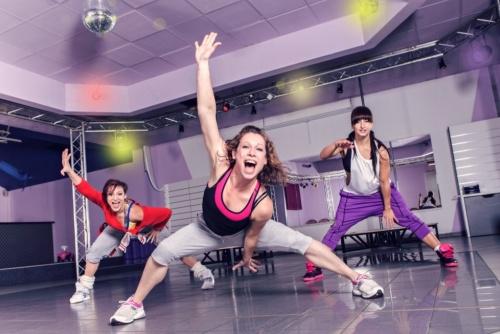 不仅教你跳舞 智能运动鞋还能帮你找舞伴