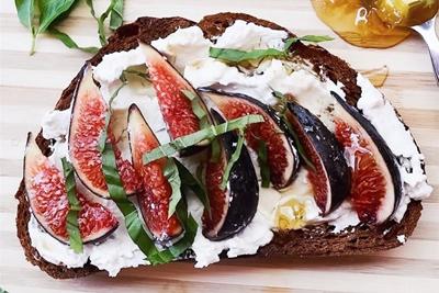 用餐前的仪式 9个技巧让你的食物照更有质感