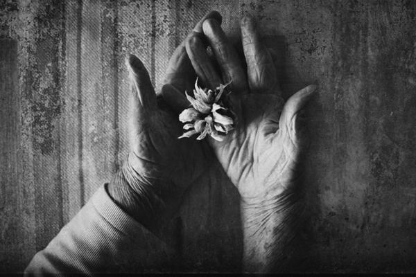 大胆黑白肖像塑造人物精神世界 构图精彩绝伦