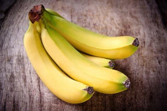 这根大香蕉卖200多块 但它真的只是一款手机