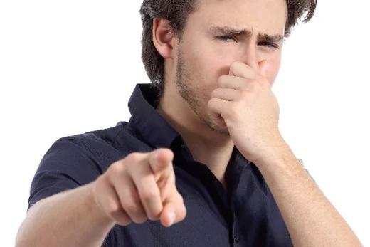 担心自己的汗臭熏哭旁人?它会第一时间提醒你
