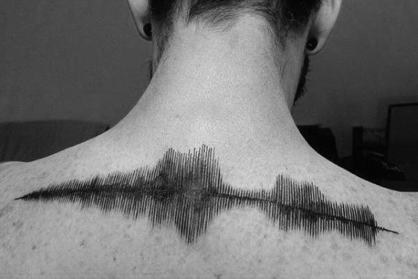 这是个有声音的纹身 扫一扫就能解码
