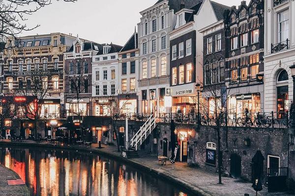 拍摄荷兰城市美景 试图寻找最佳角度与建筑特色