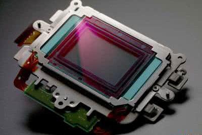 索尼发布全新2048万像素1英寸传感器