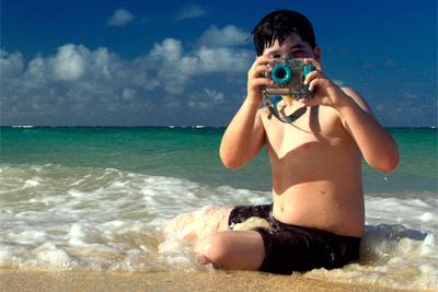 炎热夏季海边游玩 防水相机推荐