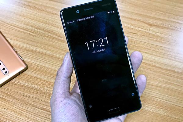定位旗舰 Nokia 8工程机实拍