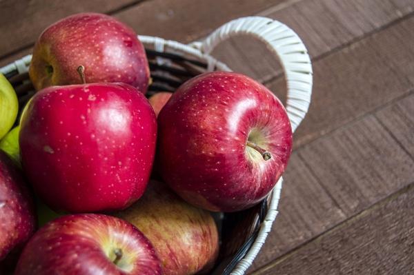 这个神器让你体验吃苹果没有苹果核的快感