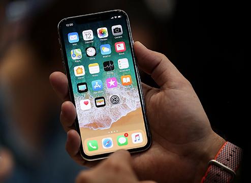 分析师称iPhone X明年推动手机增长