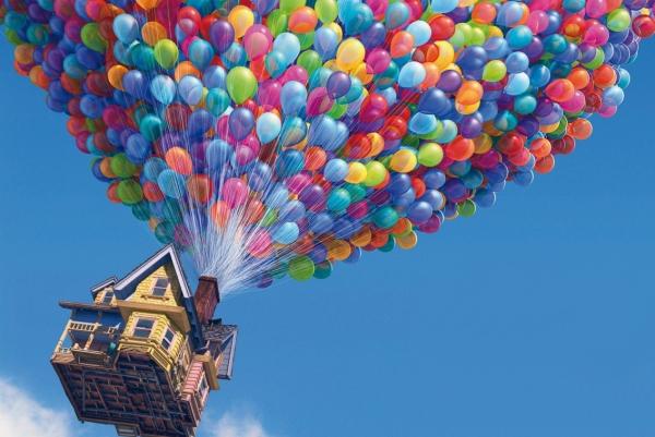他用上百个气球 像《飞屋环游记》那样飞起来了