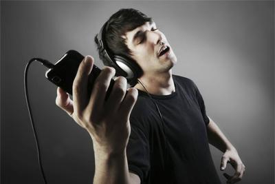 大家一起K歌吧 K歌必备热门手机选购指南
