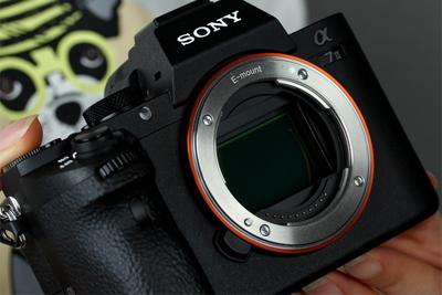一台iPhone X的钱 双十一能买到这些相机