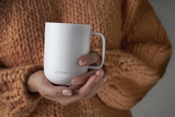 冬季必备佳品 一款可远程遥控加热的陶瓷马克杯