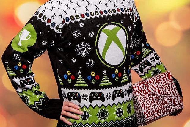 """丑还是潮?微软推出官方Xbox款""""圣诞毛衣"""""""