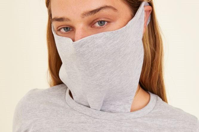 国外推出连衣口罩:口罩和T恤合体 但实用度堪忧
