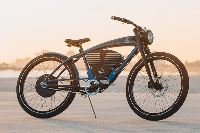 灵感源自谢尔比眼镜蛇跑车的电动车