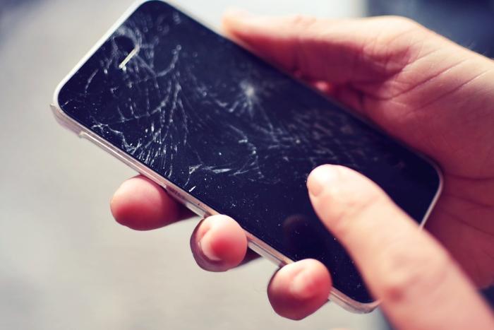 手机屏幕碎了能自愈?日本黑科技惊掉群众下巴