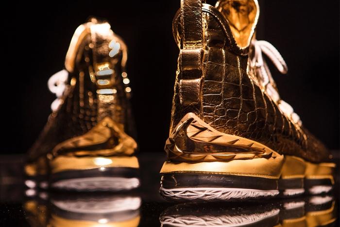球鞋也能镀金 24k镀金客制款你见过没?