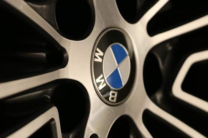 宝马高管:电动汽车永远不会比燃油车便宜
