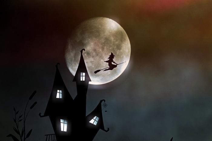 月球灯已经烂大街 但是能悬浮的你见过吗?