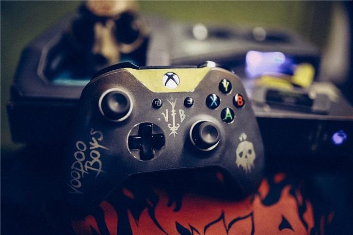 《赛博朋克2077》Xbox One X主机 巫毒帮风格