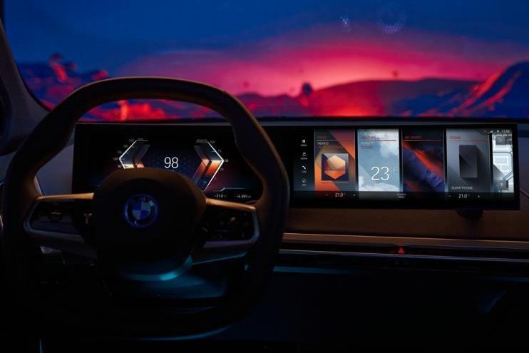 宝马发布新一代车机系统iDrive 8.0 比WiFi6还快