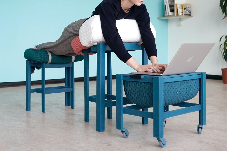 躺着也能工作?这里有一套放在家中的办公家具