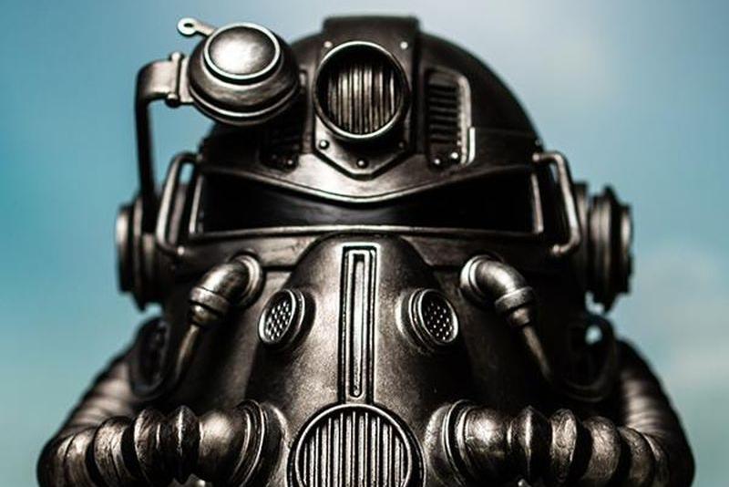看起来像手办 它是T51动力装甲头盔蓝牙音箱