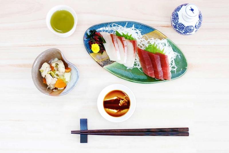 日本超精美浮雕油碟:倒下酱油就能欣赏美景