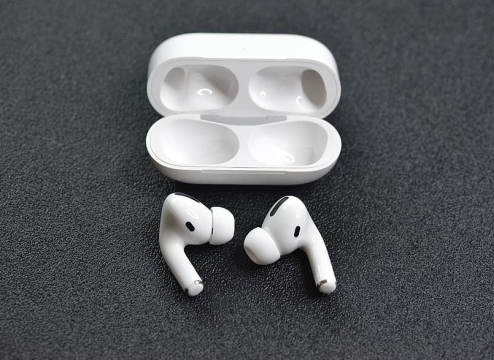 苹果新专利:未来AirPods将能识音