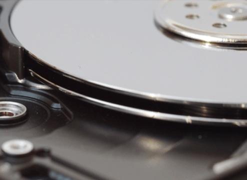 机械硬盘为啥一震就坏?