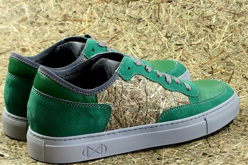 干草与塑料瓶制成环保运动鞋