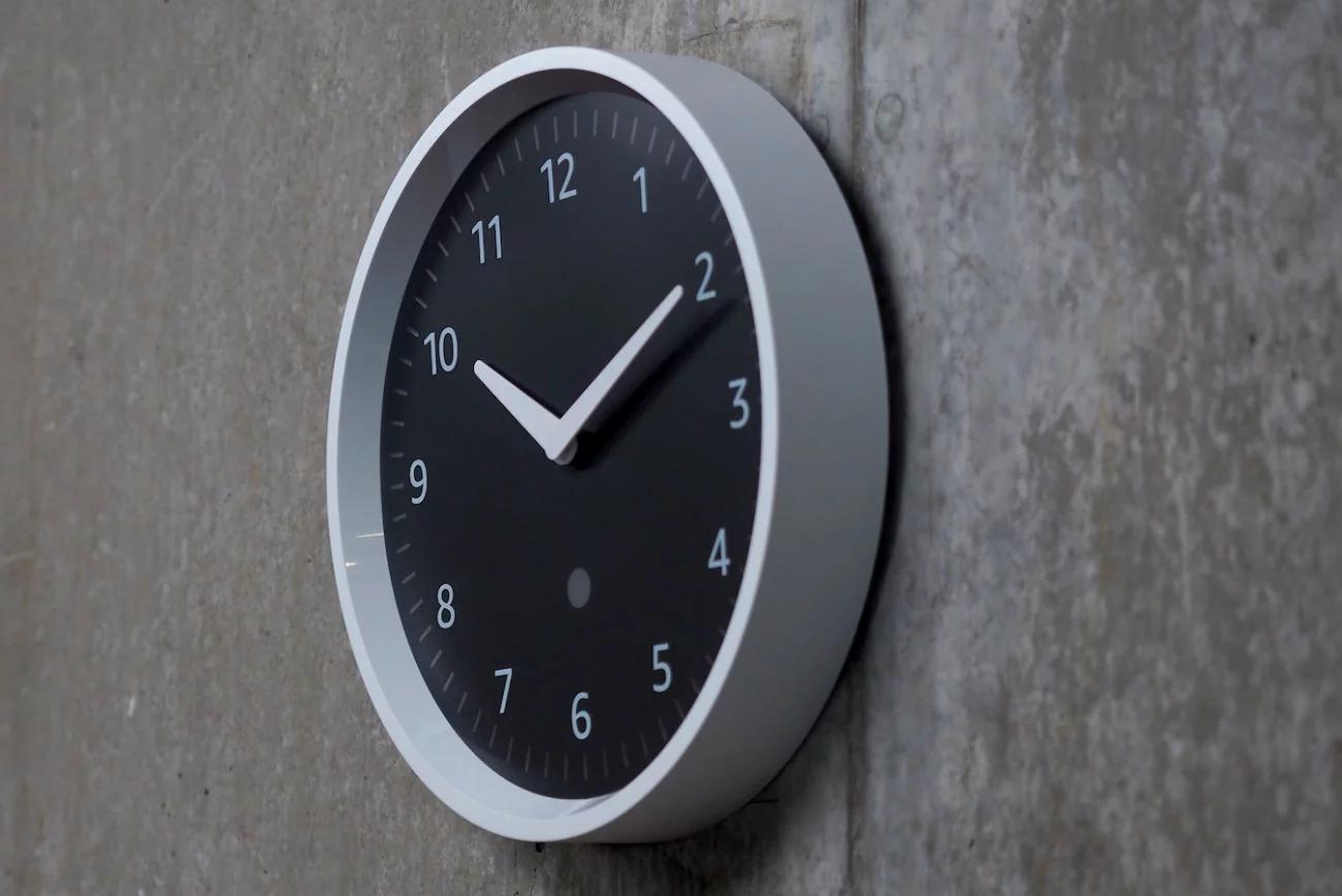 亚马逊Echo挂钟开卖:可语音定制闹钟