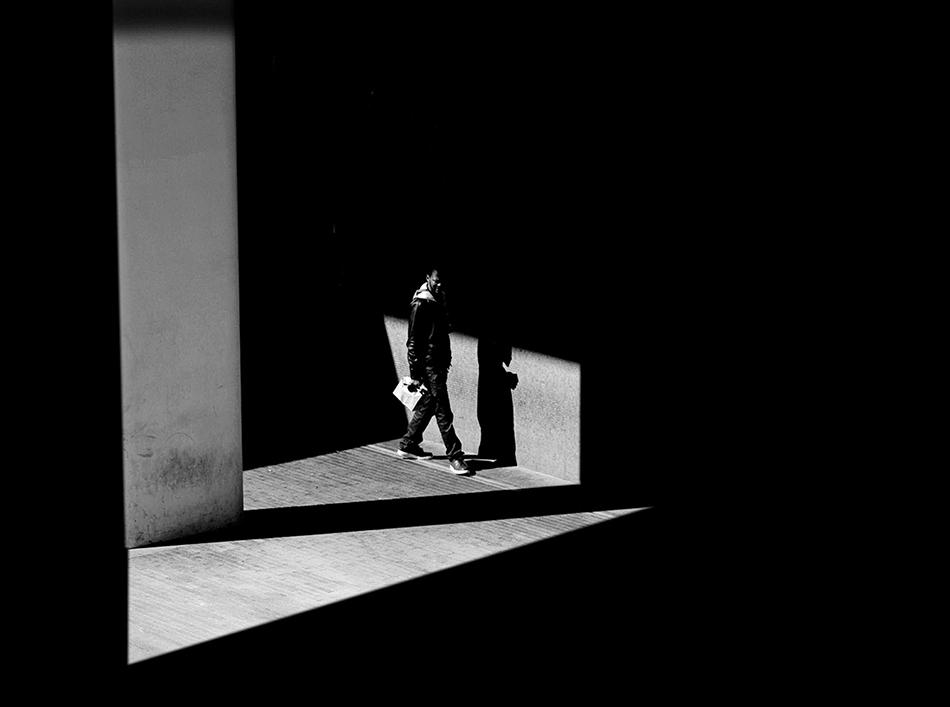 光影下的细节 极具构图美的黑白影像